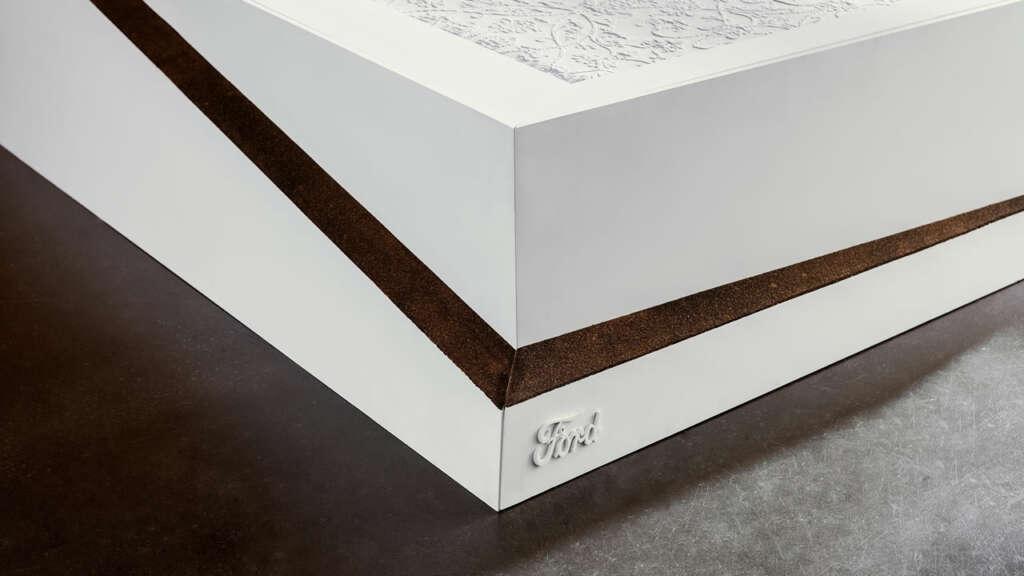 Raro, pero cierto: Ford inventó una cama con colchón giratorio.