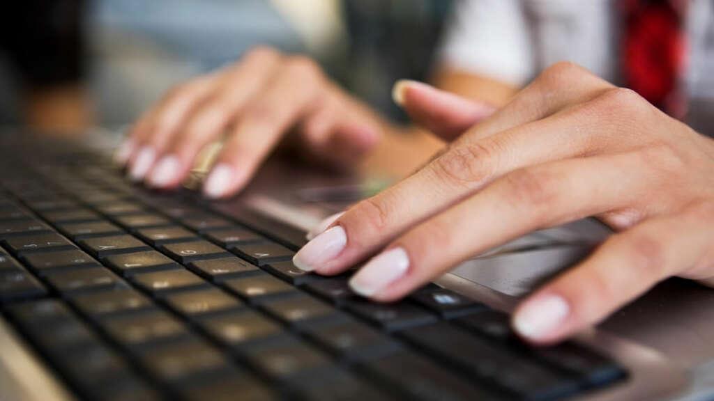 Mujeres que quieran aprender a programar tienen hasta el 3 de marzo para postular en Laboratoria.