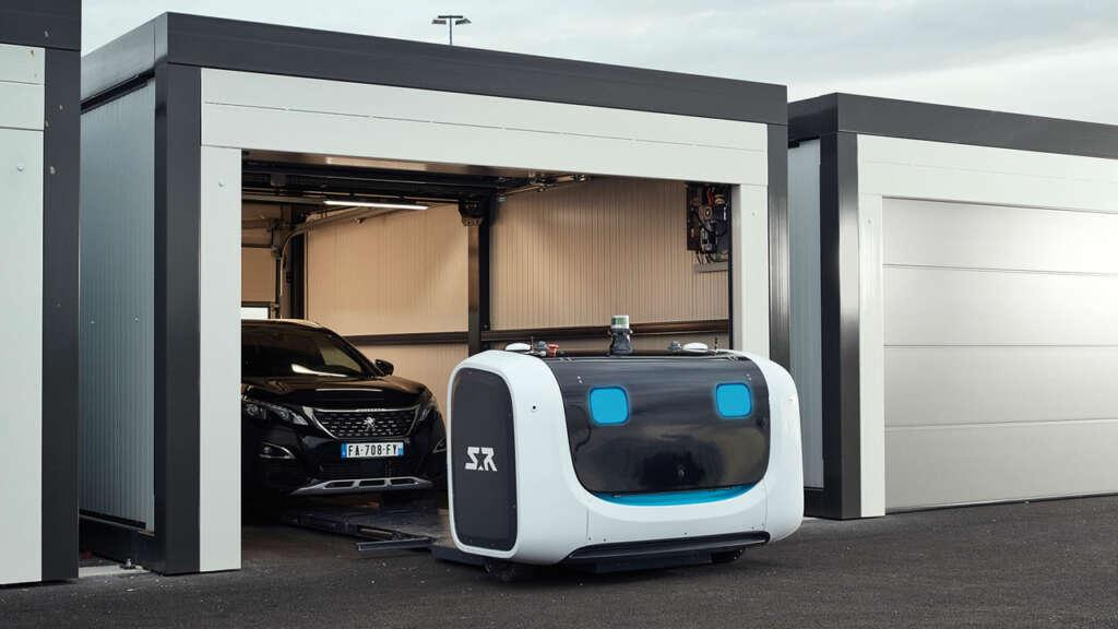 """""""Stan"""", el robot que estaciona automóviles, ya opera en aeropuertos."""