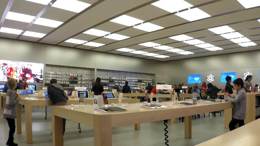 Joven demanda a Apple por 1.000 millones de USD por erróneo arresto.