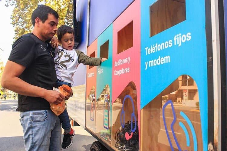 El primer Re-Truck de Latinoamérica ya ha recolectado más de una tonelada de residuos electrónicos.