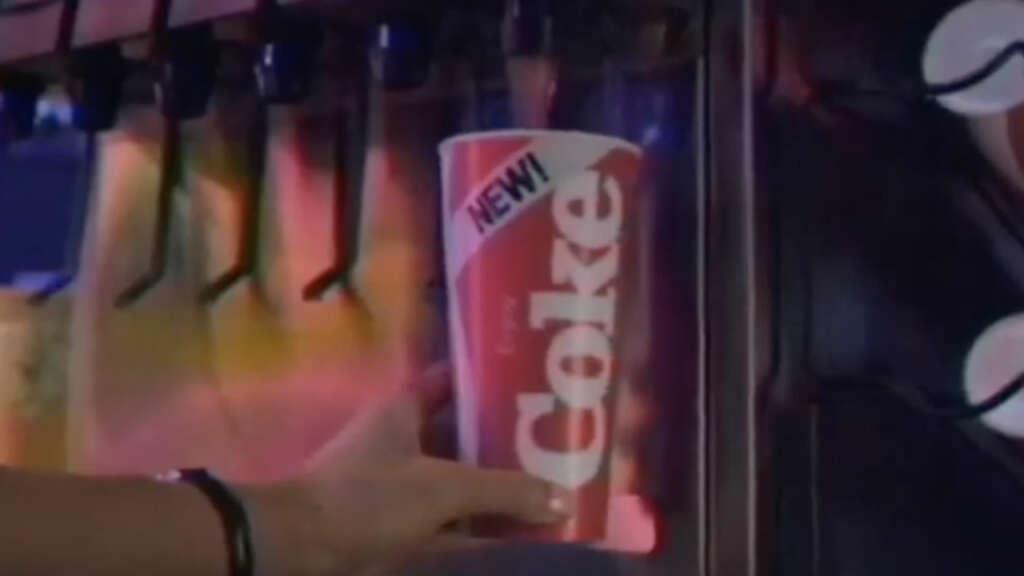 Versión extendida del comercial de Coca-Cola con Stranger Things muestra la amistad de Dustin y Steve.