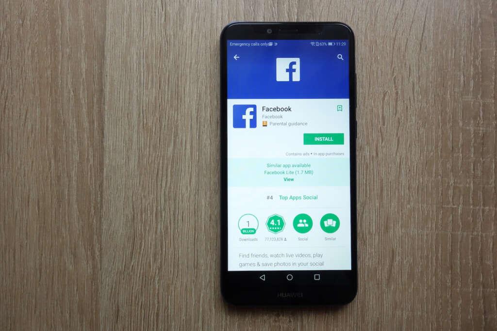 Huawei se queda sin poder preinstalar WhatsApp, Instagram y Facebook.
