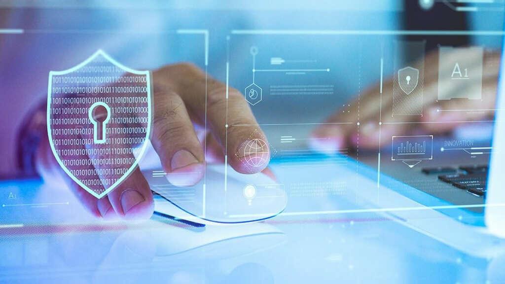 El gran peligro del teletrabajo es la vulneración de datos.