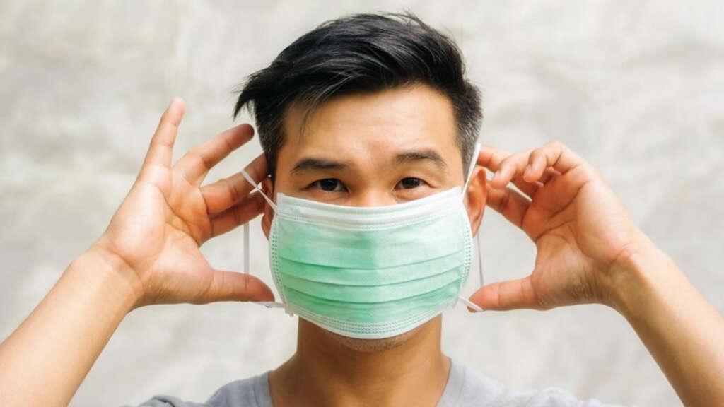 Estudio analizó cuánto sobrevive el Coronavirus en las mascarillas.