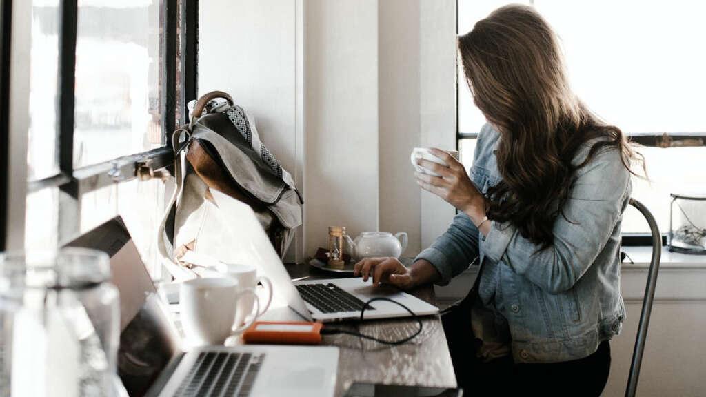 Google dará 6 capacitaciones sobre habilidades digitales y negocio online para mujeres.