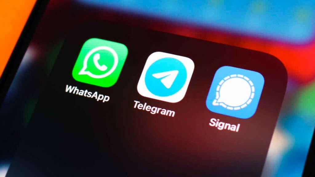WhatsApp extendió el plazo para sus polémicas condiciones de privacidad y acusa de información falsa.