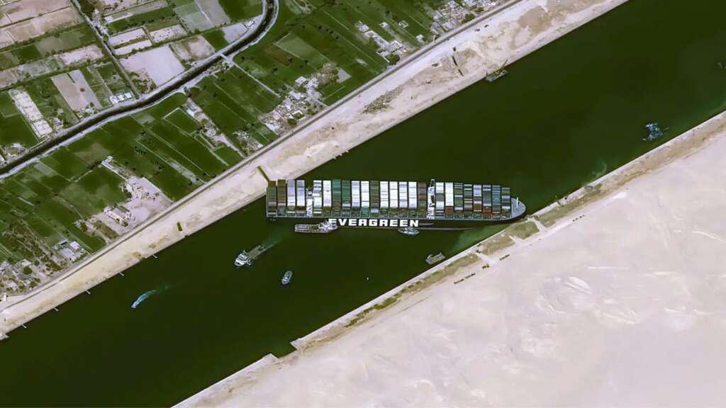 Juego te ayuda a entender qué tan difícil es pasar por el Canal de Suez.