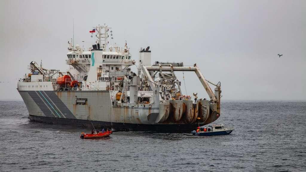 Después de dos años el cable submarino que une Chile con Guatemala por la costa Pacífico está listo.