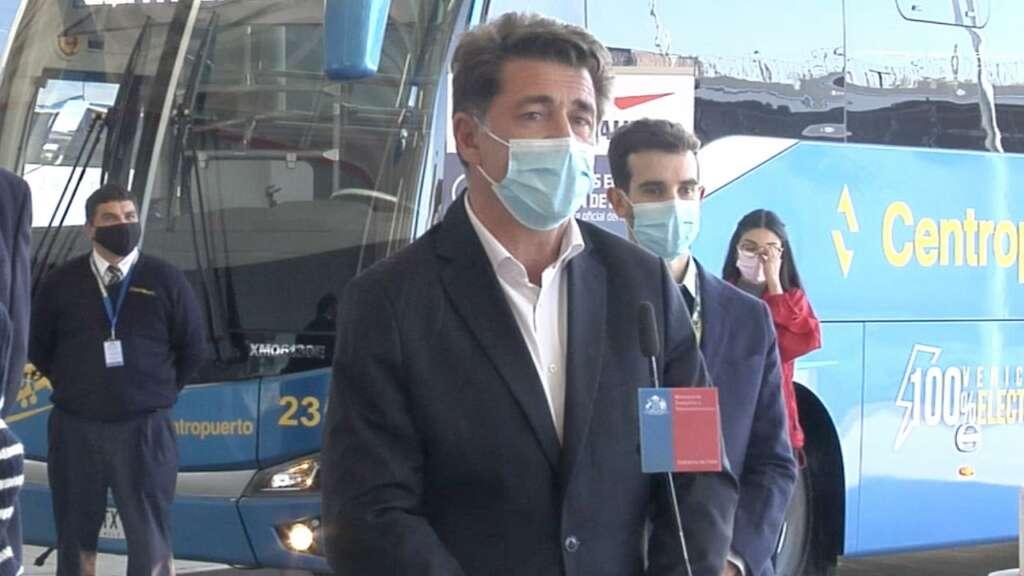 Xavier Lortat-Jacob, aeropuerto Arturo Merino Benítez.